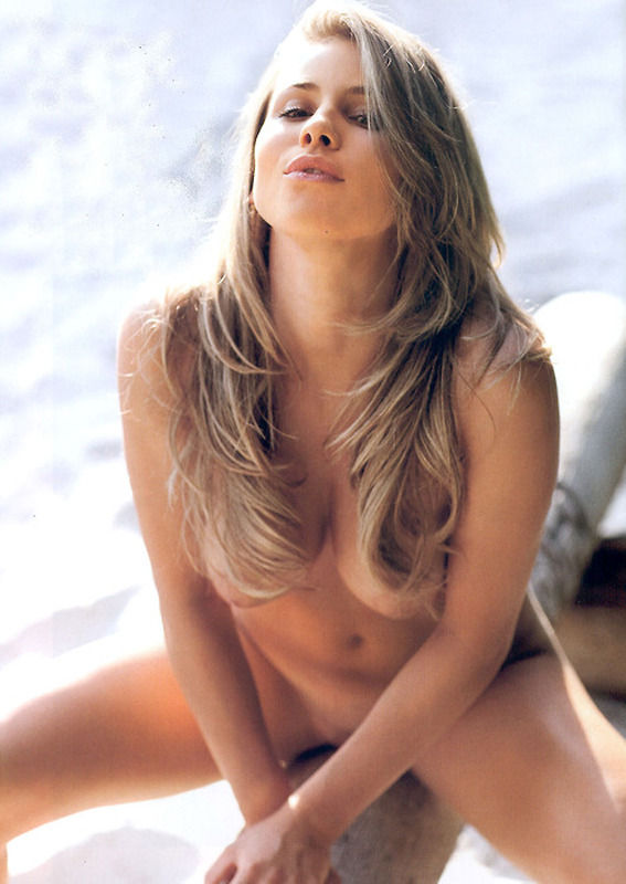 Gaelle Garcia Diaz nue