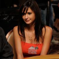 szilvi-freire poker