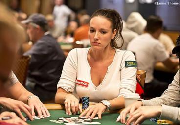Complot contre le FBI : la joueuse de poker Anna Khait prise la main dans le sac !